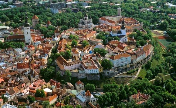 Средневековые крепостные стены