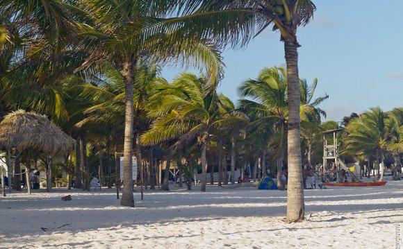 2 мая: Канкун