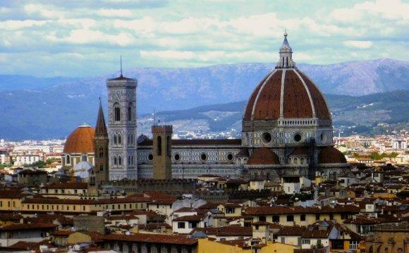 Италия, Флоренция. Собор Санта