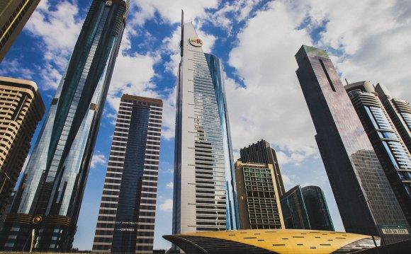бюджетно съездить в Дубай